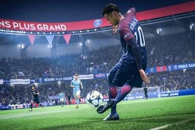 FIFA 19 Чит трейнер [+9] (Latest)